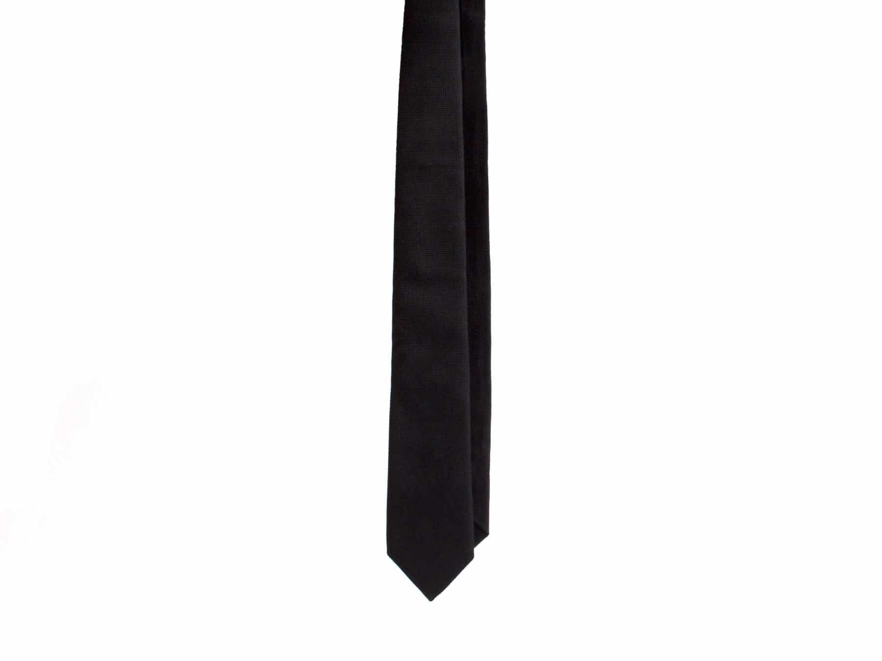 Seidenkrawatte Carpasus Krawatte Schwarz Seide KURTS.chCarpasus Krawatte Schwarz Seide KURTS.ch