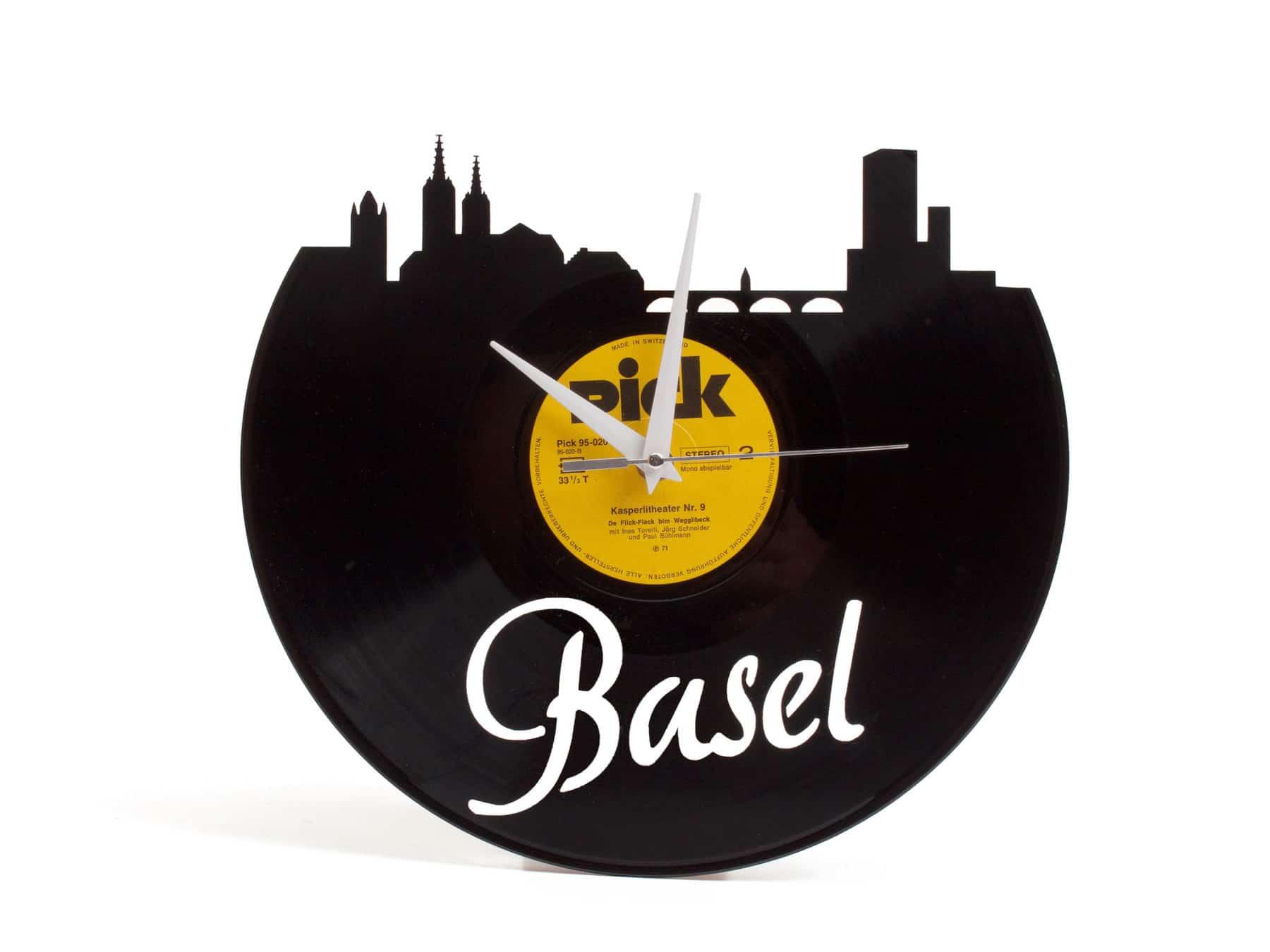 Schallplattenuhr Basel Schweiz Upcycling Recycling KURTS.ch