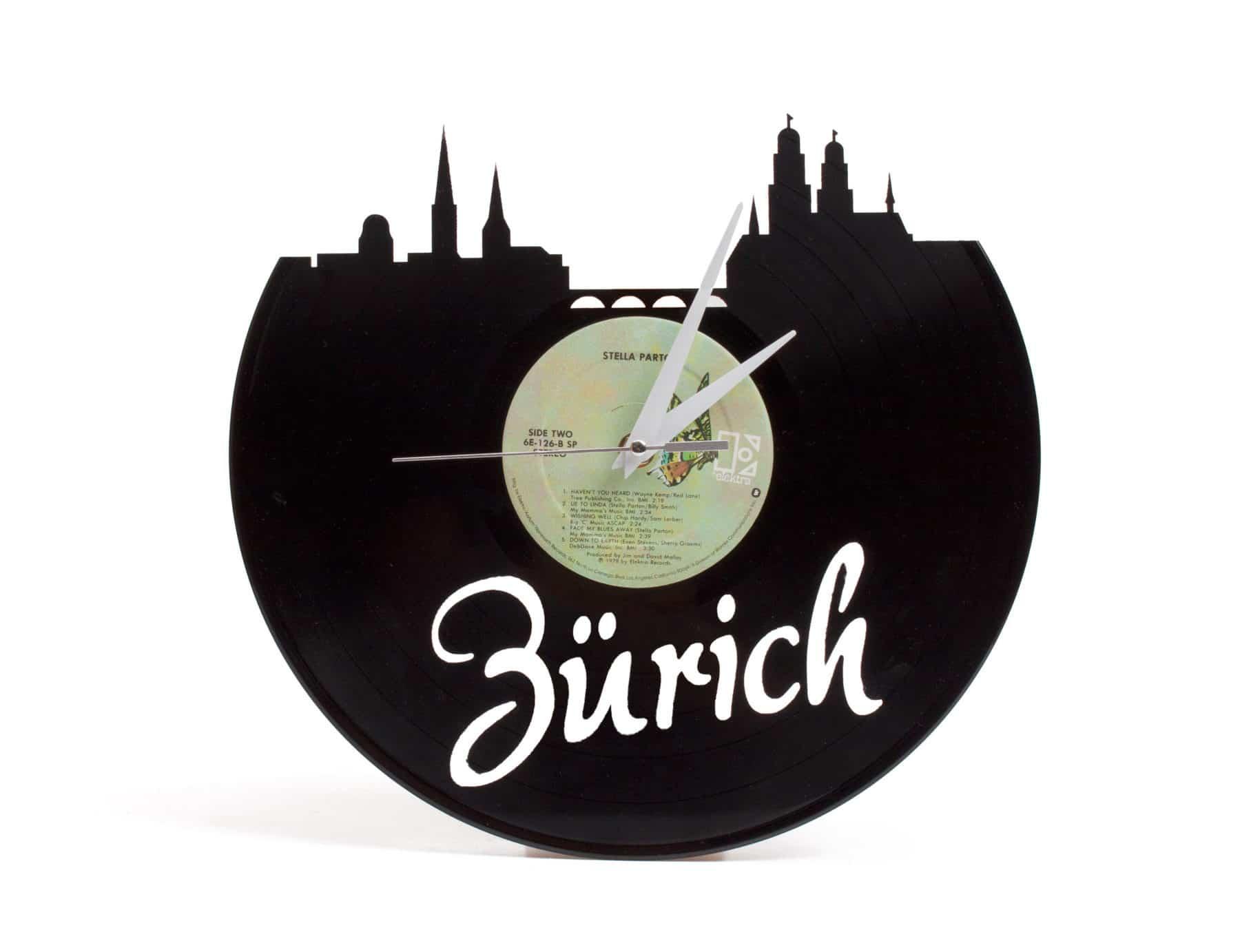 Schallplattenuhr Zuerich Schweiz Upcycling Recycling KURTS.ch