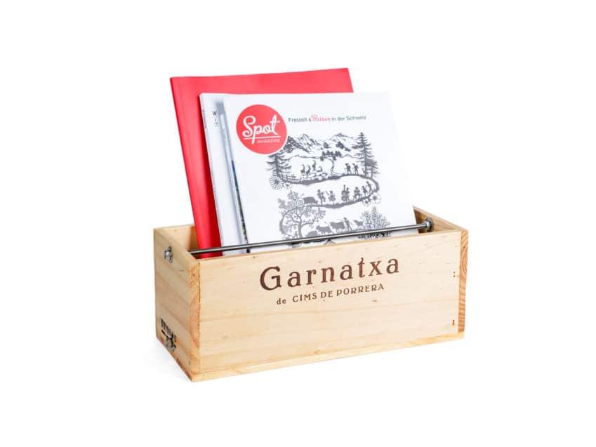 Uniqamo Magazinhalter Upcycling aus alten Weinkisten swissmade KURTS.ch